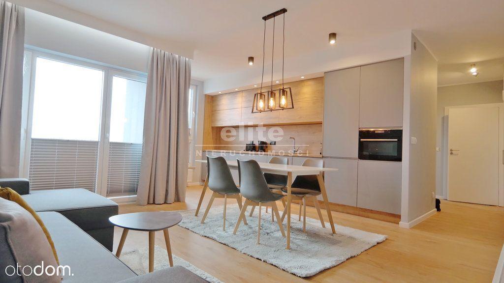 Nowy apartament taras i miejsce postojowe
