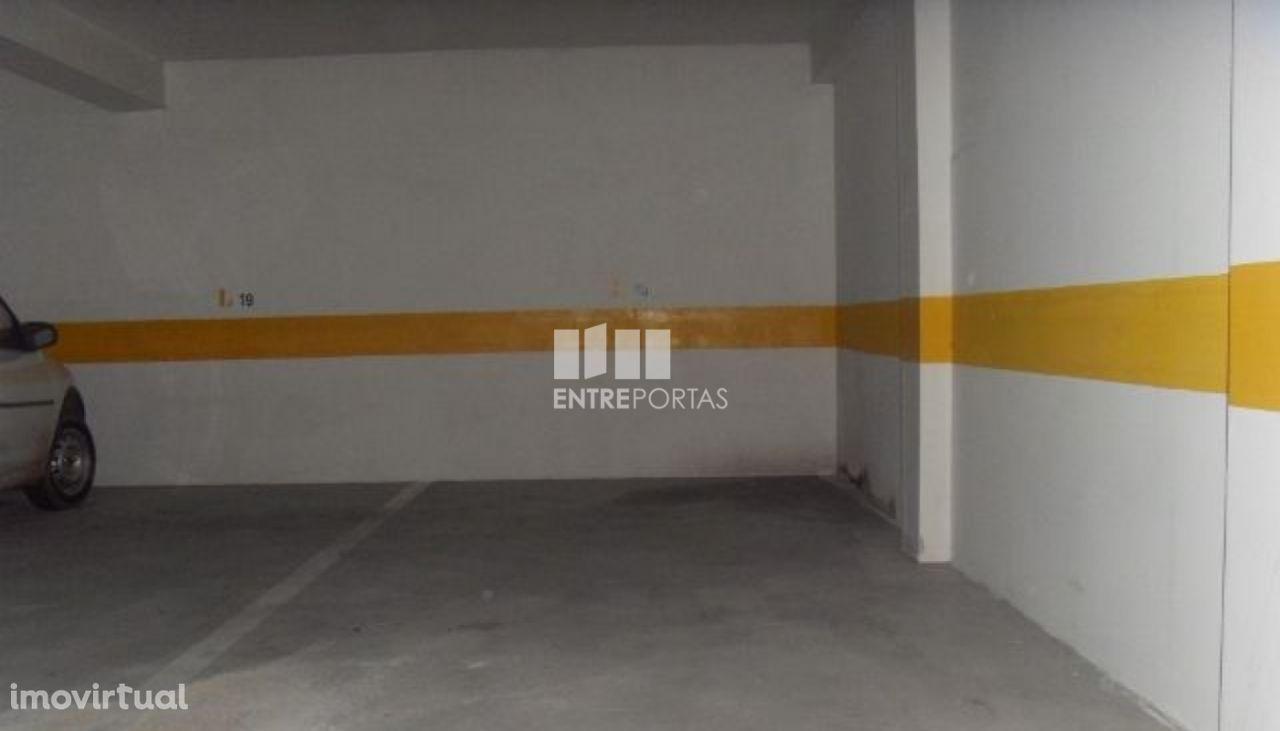 Venda de garagem, Monserrate, Viana do Castelo