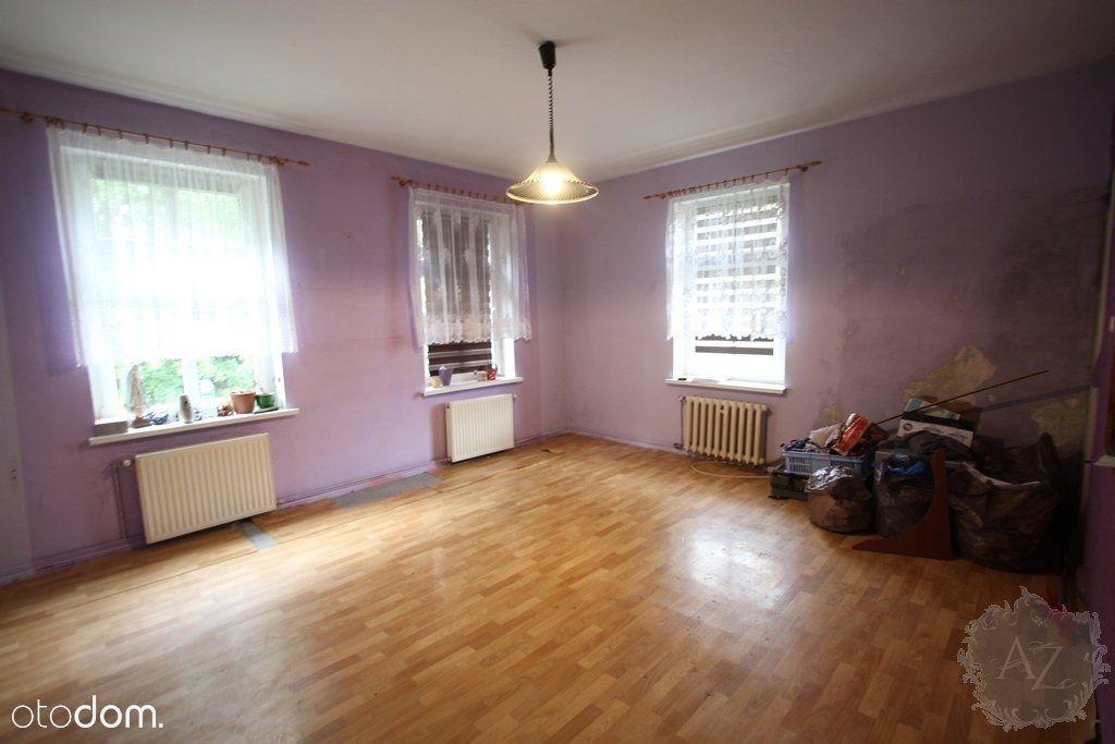 Dwupokojowe mieszkanie na pierwszym piętrze