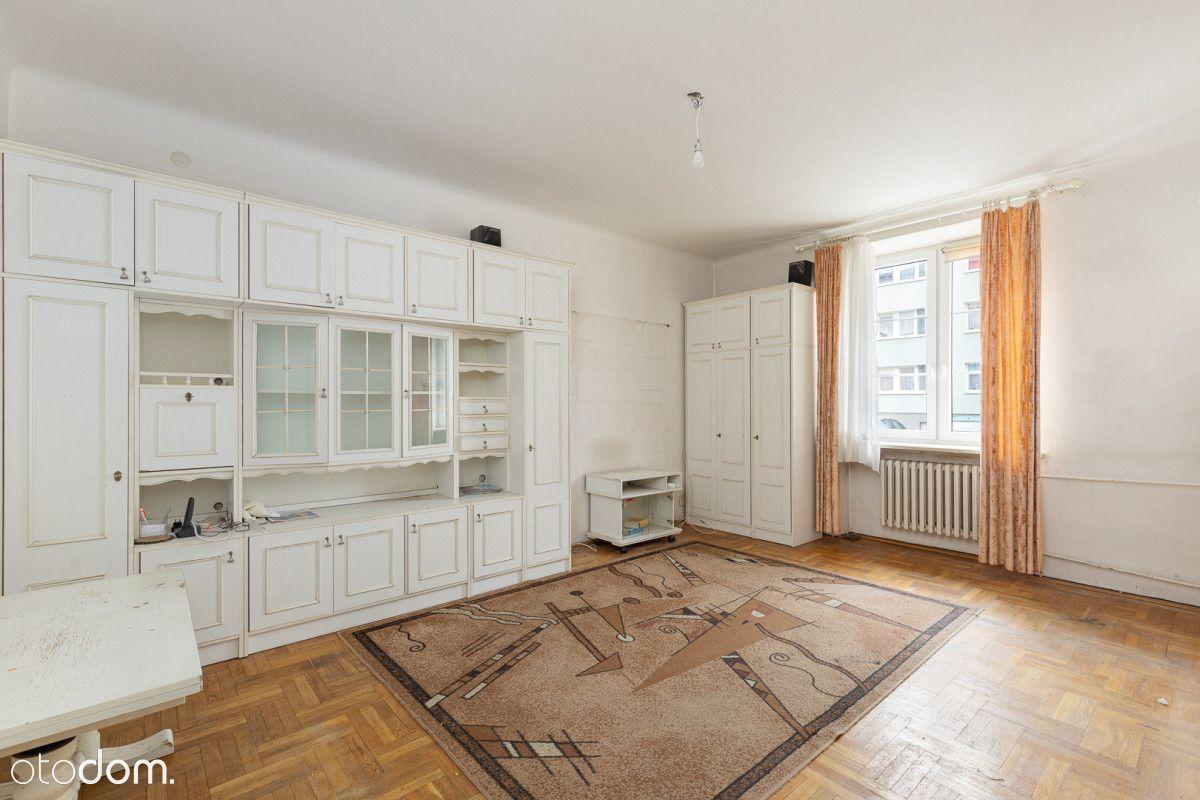 3-pokojowe mieszkanie do remontu