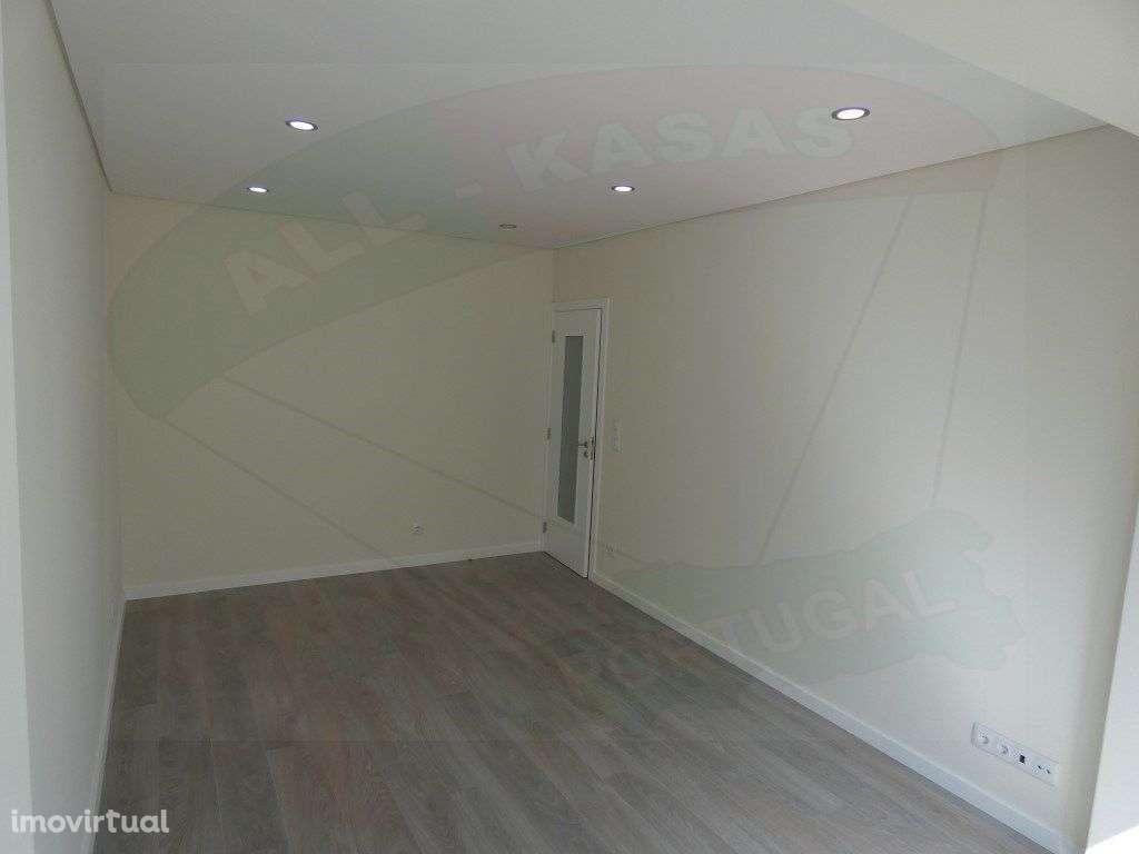 Apartamento para comprar, Rua Elias Garcia, Falagueira-Venda Nova - Foto 7