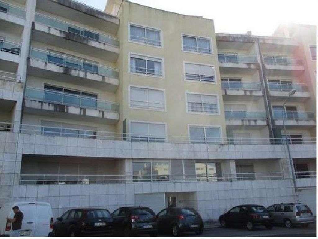 Garagem para comprar, Oeiras e São Julião da Barra, Paço de Arcos e Caxias, Lisboa - Foto 1