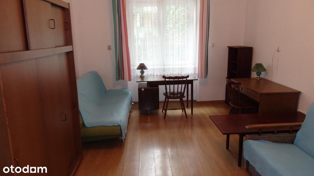 pokój 2-osobowy w mieszkaniu studenckim