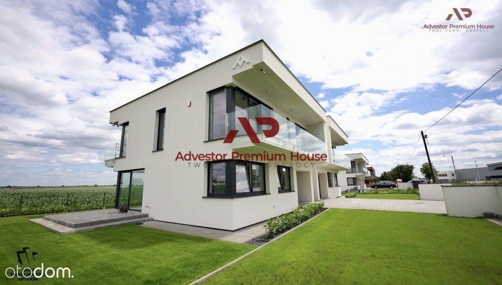 Nowoczesne domy/rekuperacja/fotowoltaika/spacer 3D