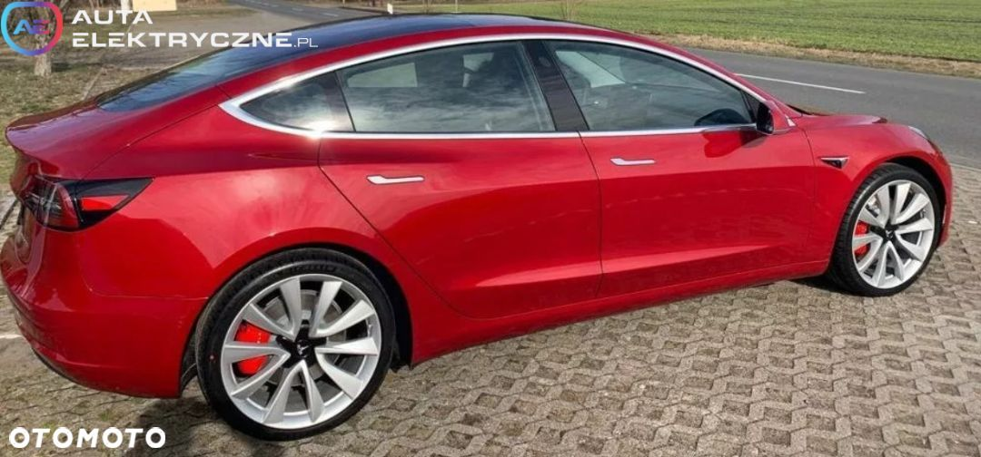 Tesla Model 3 Long Range AWD - 3