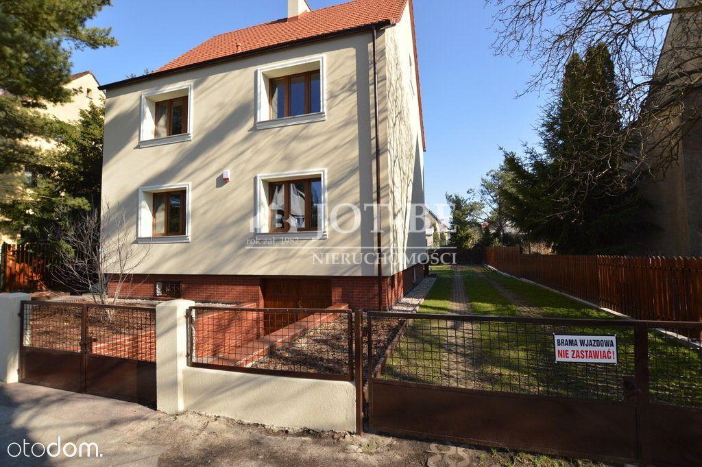 Dom, 250 m², Wrocław