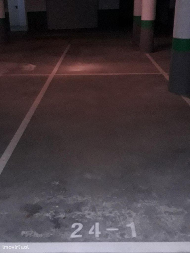 Parqueamento para alugar