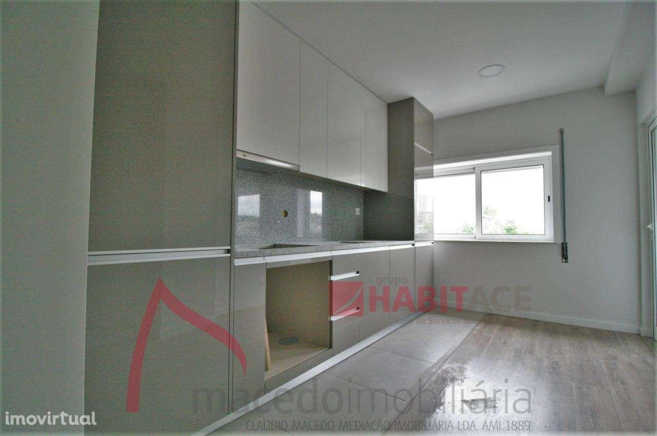 Apartamento para comprar, Braga (Maximinos, Sé e Cividade), Braga - Foto 1