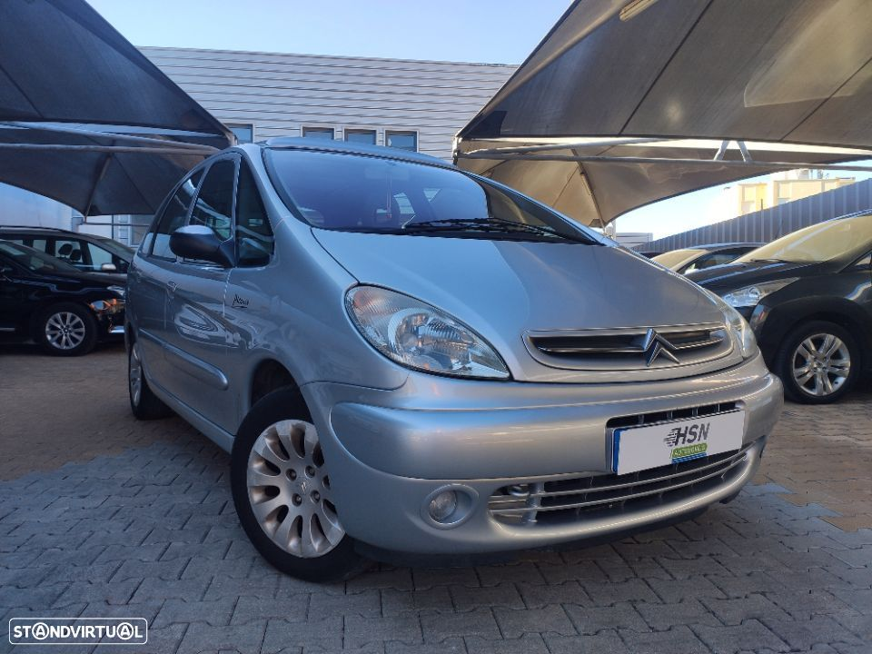 Citroën Xsara Picasso 1.6 Exclusive - 1