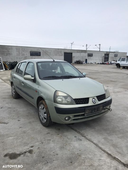 USA DREAPTA SPATE RENAULT CLIO AN 2002 - 1