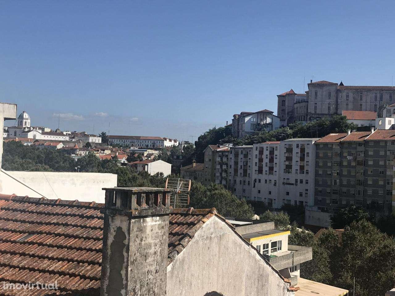 Moradia para comprar, Coimbra (Sé Nova, Santa Cruz, Almedina e São Bartolomeu), Coimbra - Foto 4