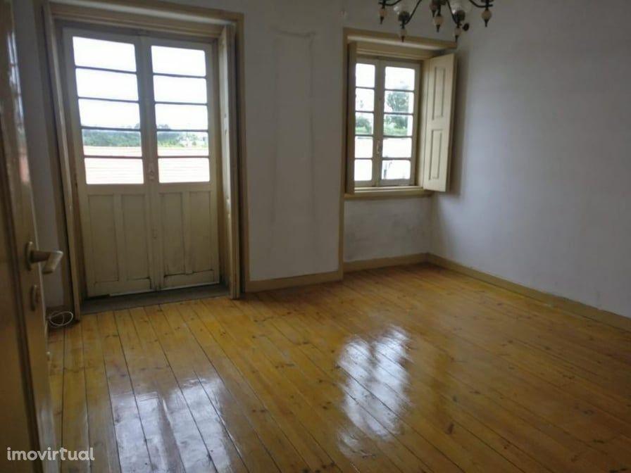 Apartamento T3 I P/ Remodelar I Entre Celas e Baixa de Coimbra