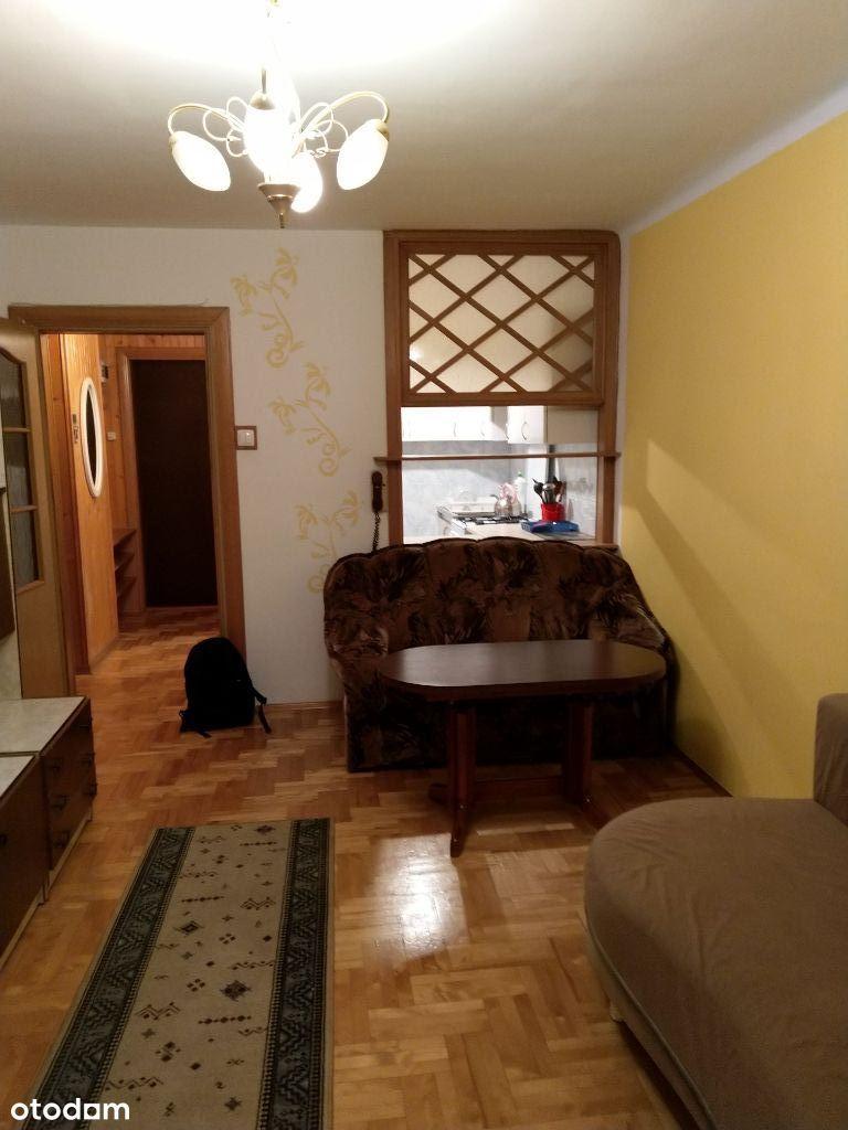 Bezpośrednio mieszkanie 2 pok. przy Krochmalnej 2