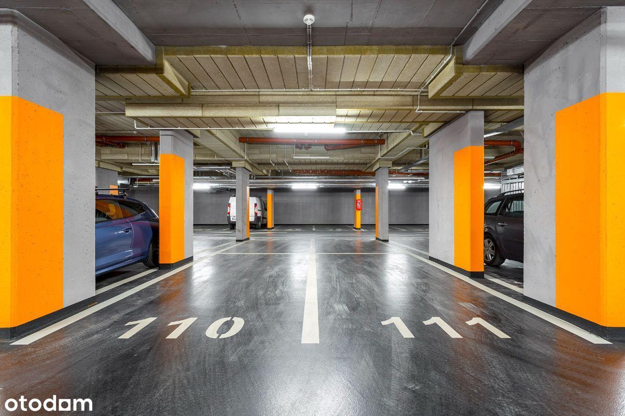 Miejsce parkingowe w hali podziemnej ESENCJA