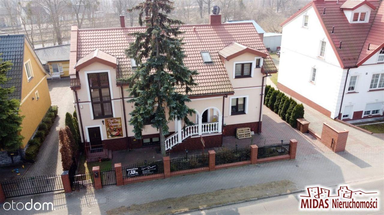 Dom z apartamentami przy Tężniach