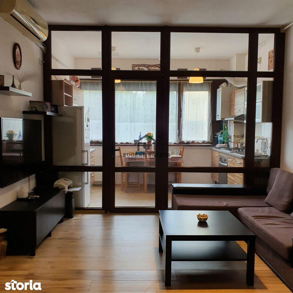 Apartament 3 camere - zona Sisești