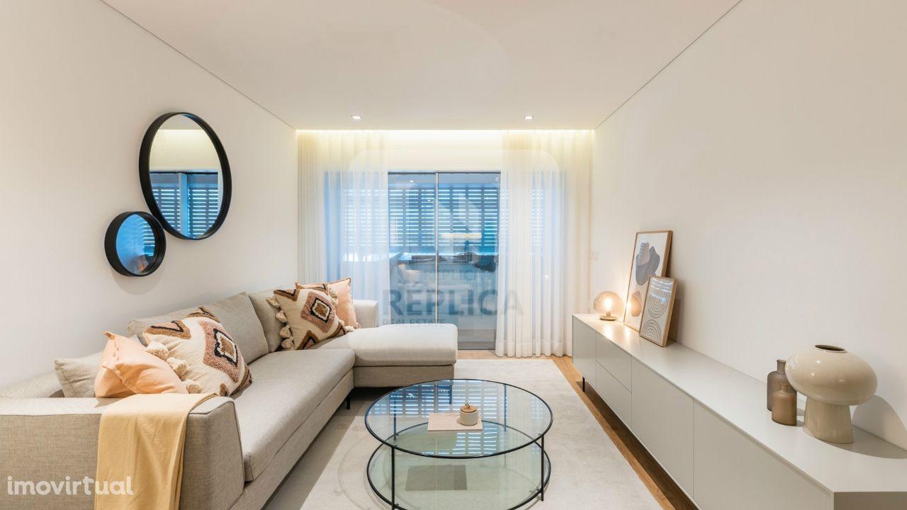 Apartamento T2, Novo na Alameda das Antas