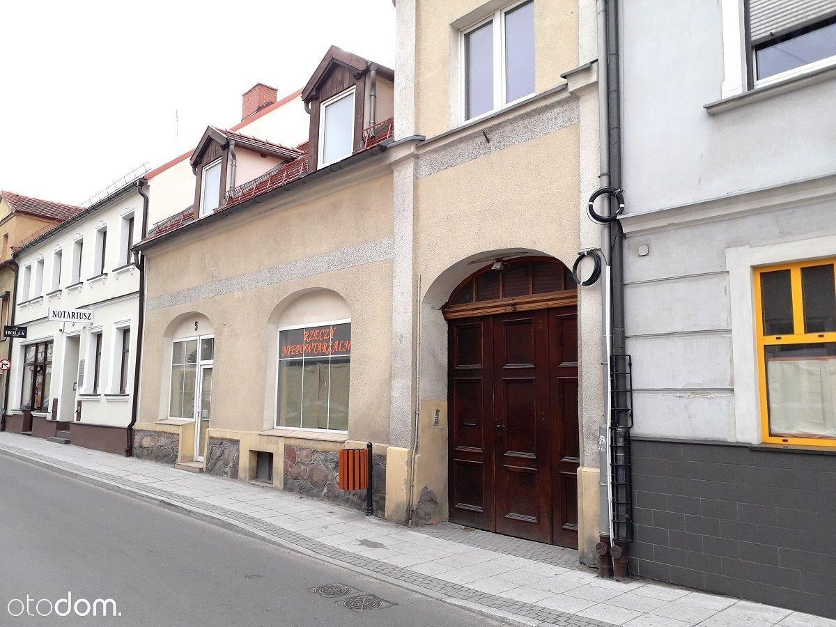Budynek usługowo - mieszkalny w centrum Pleszewa