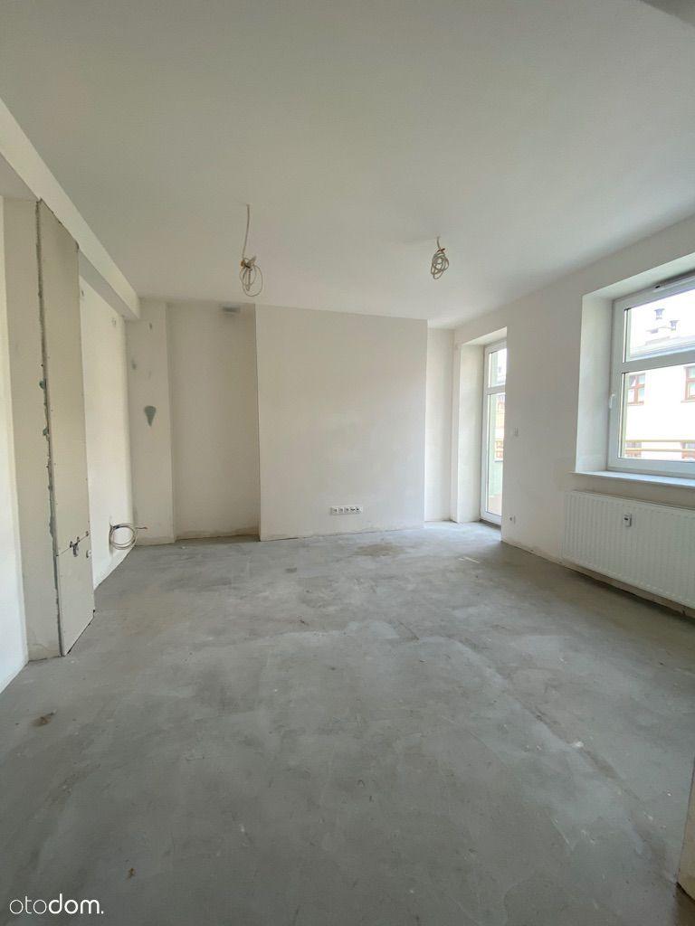 Centrum, stan deweloperski plus, 2 pokoje + taras