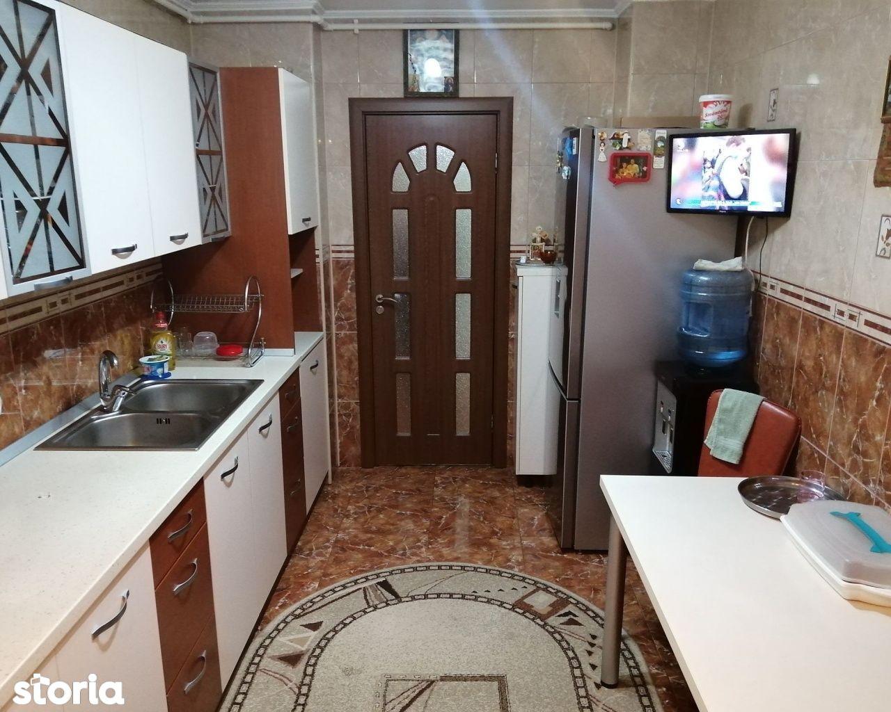 Apartament 4 camere Dristor