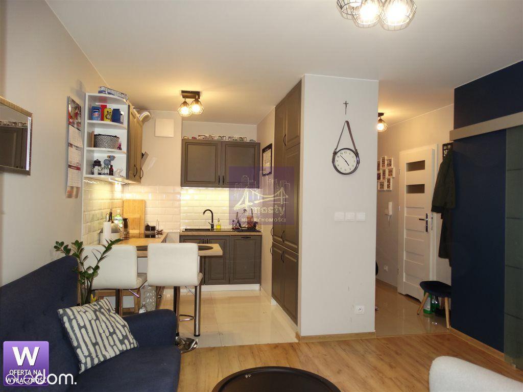 Bardzo ładne dwa pokoje ul. Kordiana !!!