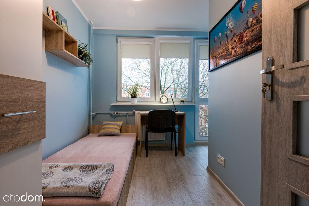 Pokój jednoosobowy z balkonem Ostrobramska 118A