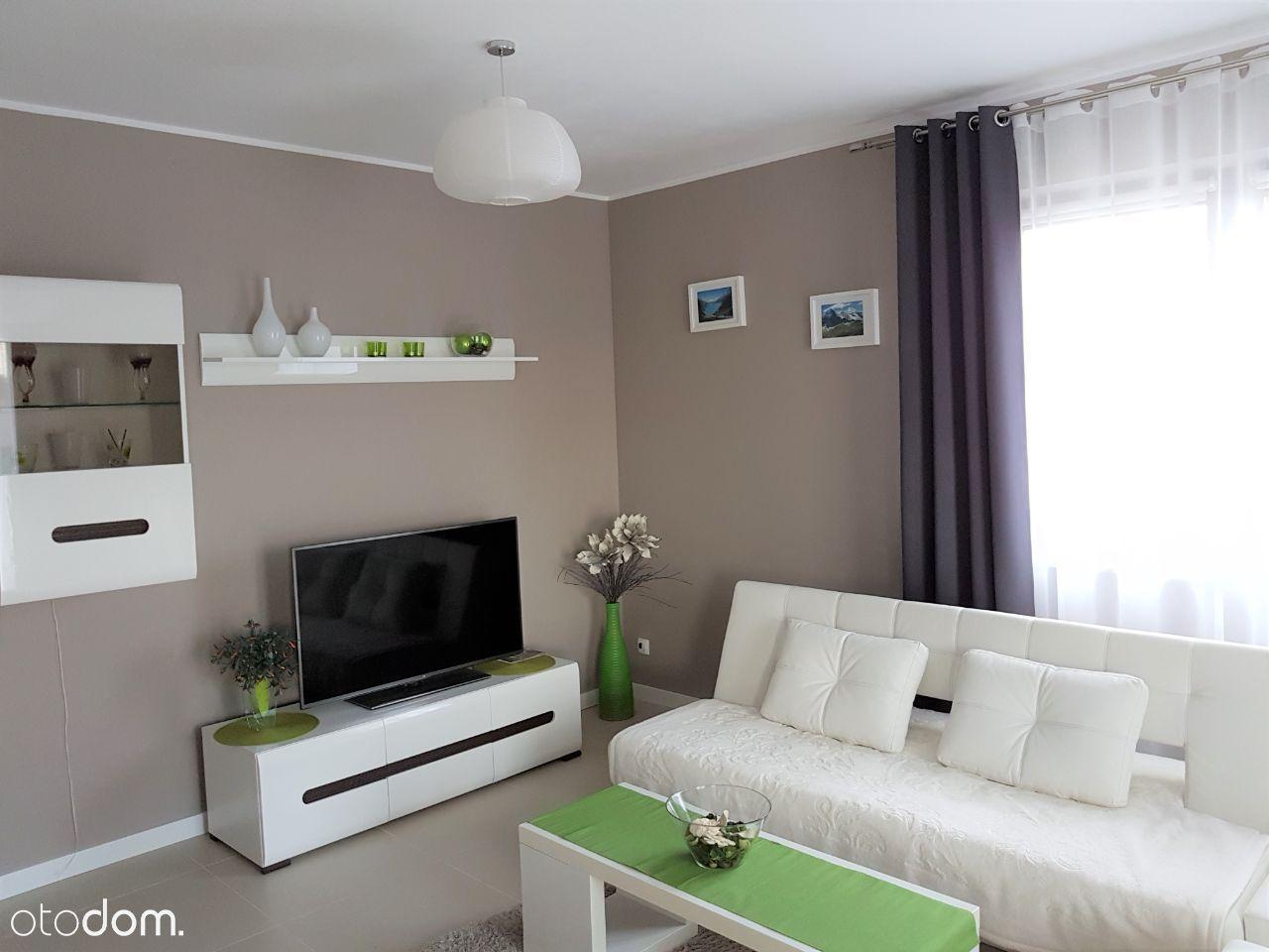 W pełni urządzone 2 pokojowe mieszkanie z balkonem