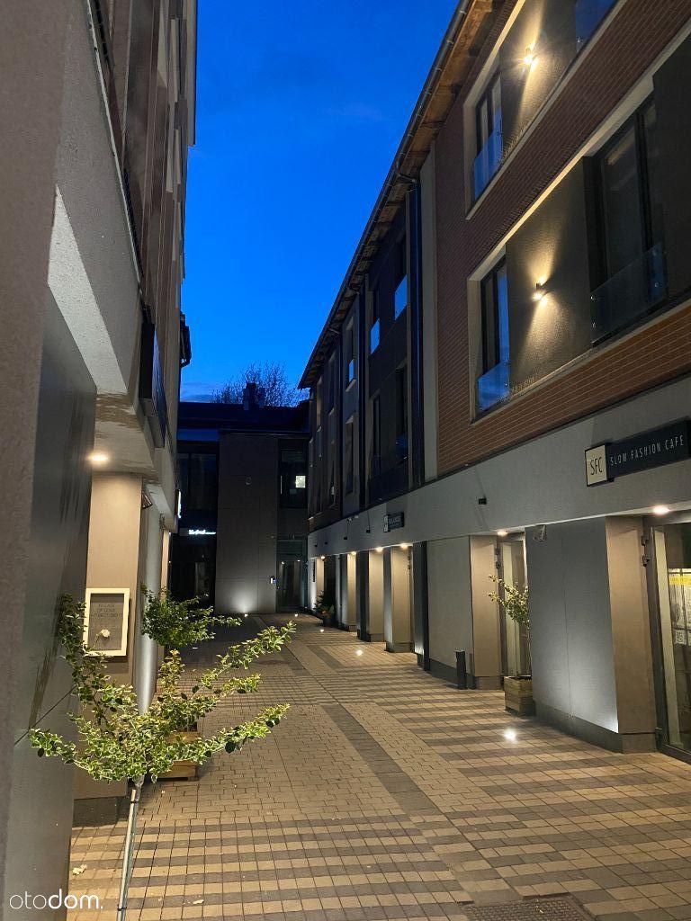 Nowe Mieszkania w nadbudowanej kamienicy z windą.
