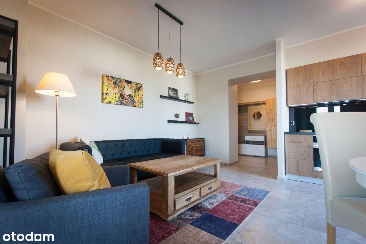 Nowe mieszkanie z tarasem i miejscem postojowym.