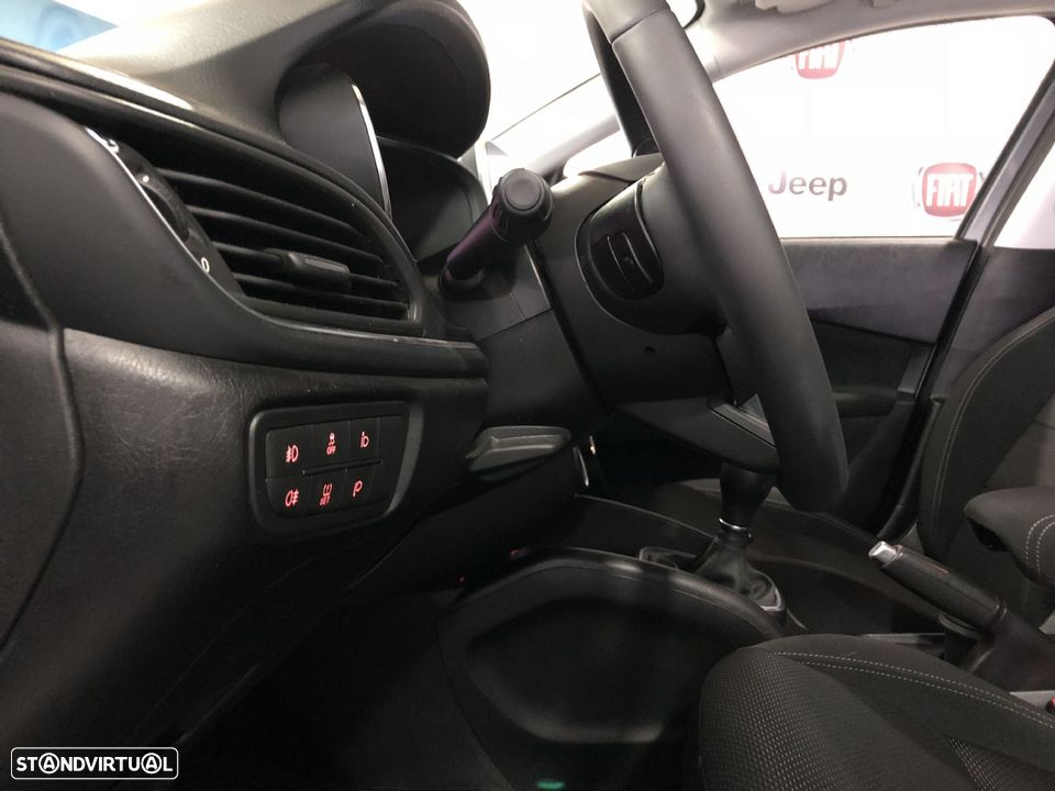Fiat Tipo Station Wagon 1.3 MJ LOUNGE XENON LED GPS NACIONAL - 14