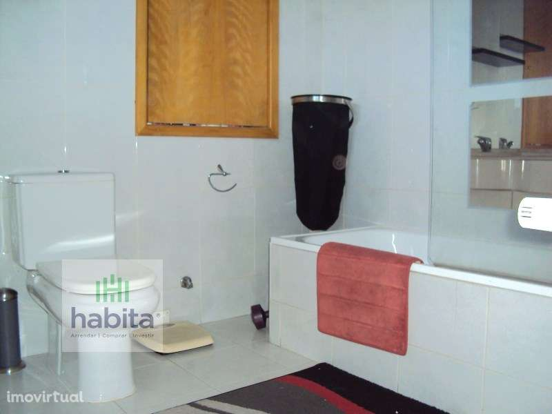 Apartamento para comprar, Rua da Igreja - Nogueira, Nogueira e Silva Escura - Foto 5
