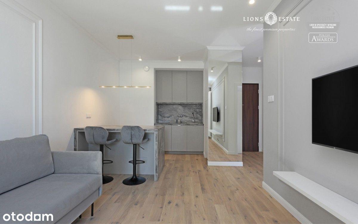 Eleganckie mieszkanie w Mennica Residence