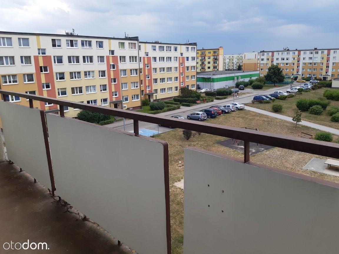 Podhalańska - 36,58 m2. Blok, dwustronne.