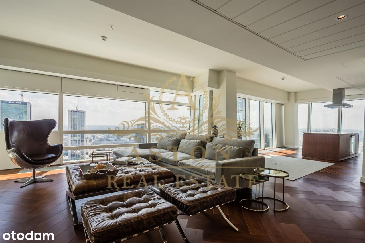 Luxury 3-bedroom apartment on 31th floor Złota 44