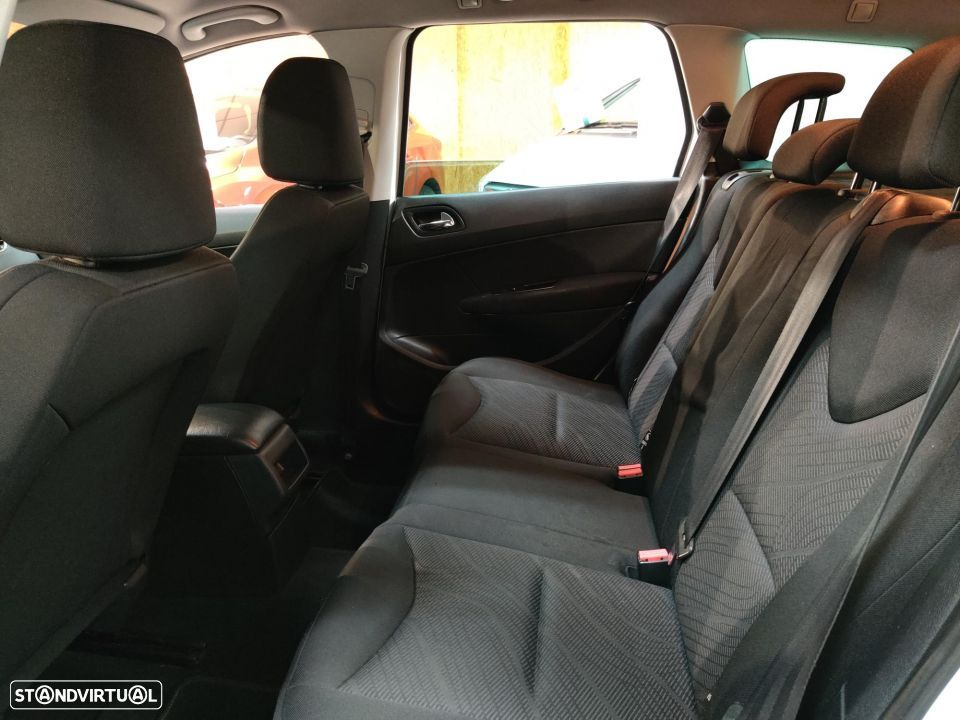 Peugeot 308 SW 1.6 HDi Active - 34