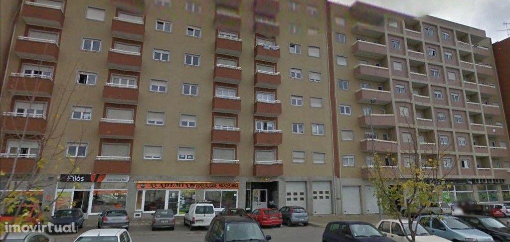 Apartamento T3 - Mobilado