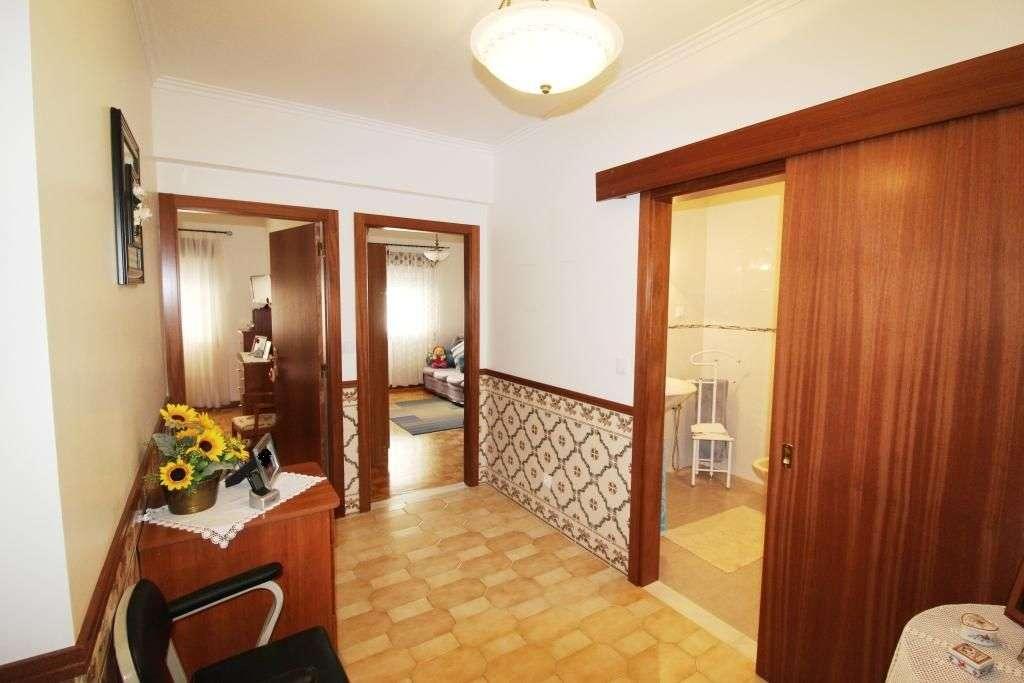 Apartamento para comprar, Rua Mouca e Comprida - Bairro Simões, Agualva e Mira-Sintra - Foto 11