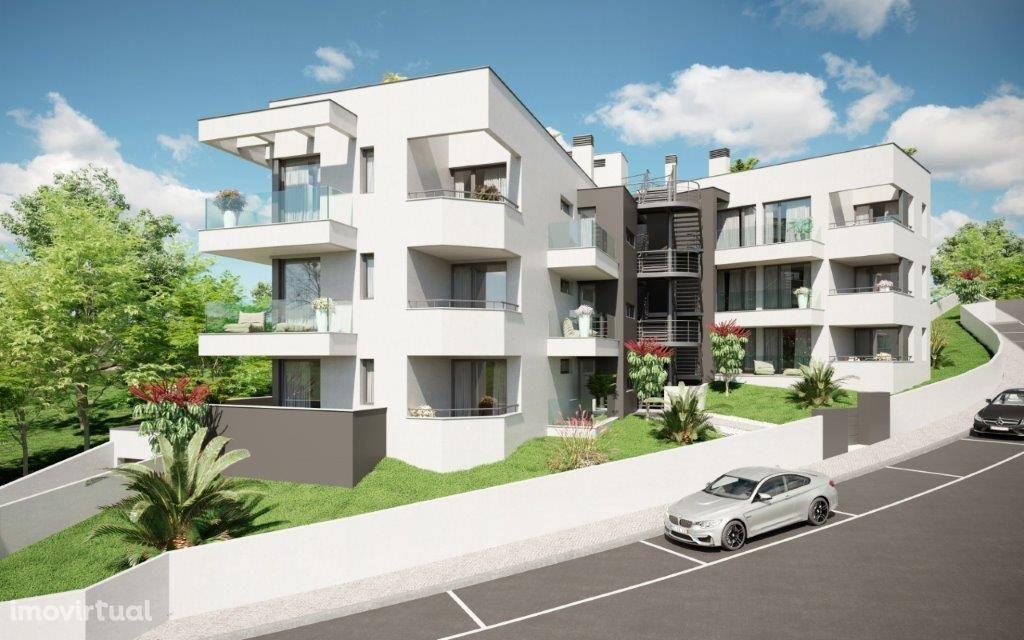 Apartamento T3 -varandas - garagem - Santa Clara - Coimbra
