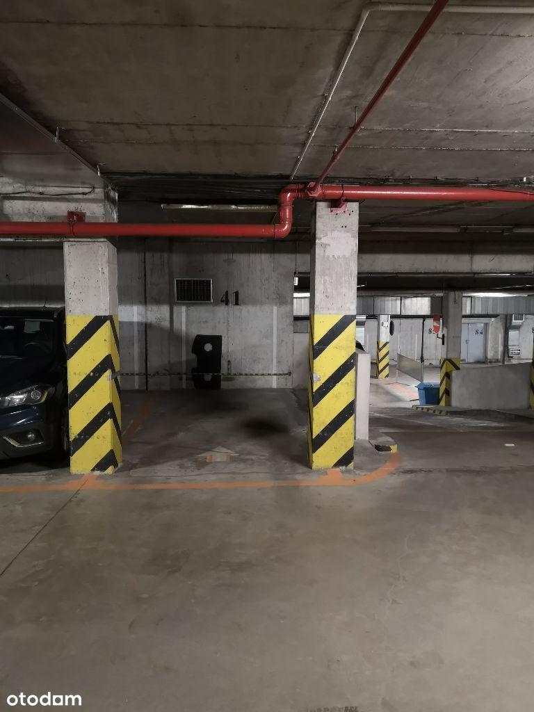 Miejsce postojowe garaż Żelazna 67 Krochmalna 57