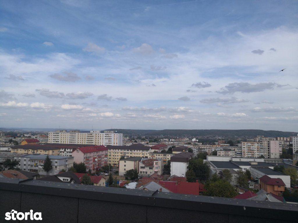 Penthouse situat in zona Banat, priveliste superba