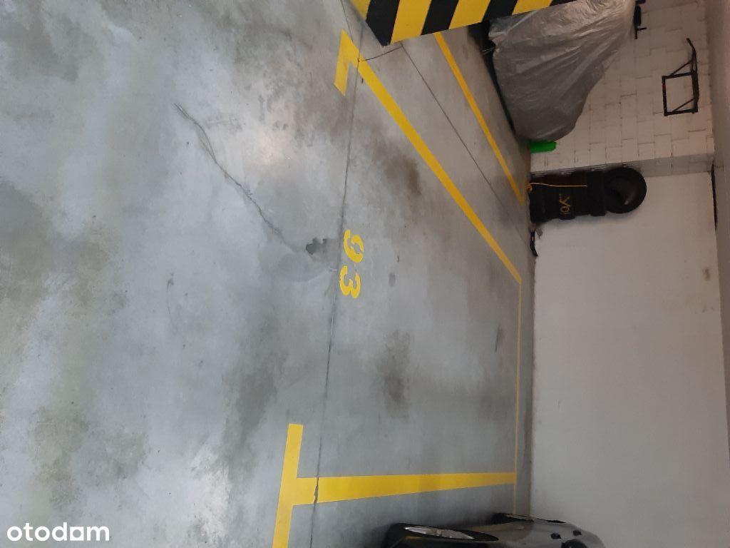 Miejsce garażowe w parkingu podziemnym Pruszków
