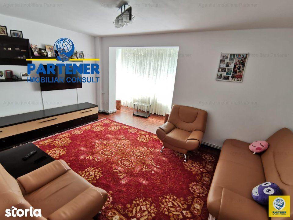 3 camere Negru Voda , Decomandat / mobilat / utilat , finisaje moderne