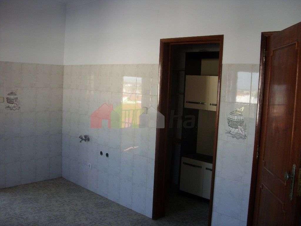 Apartamento para comprar, Beja (Salvador e Santa Maria da Feira), Beja - Foto 5