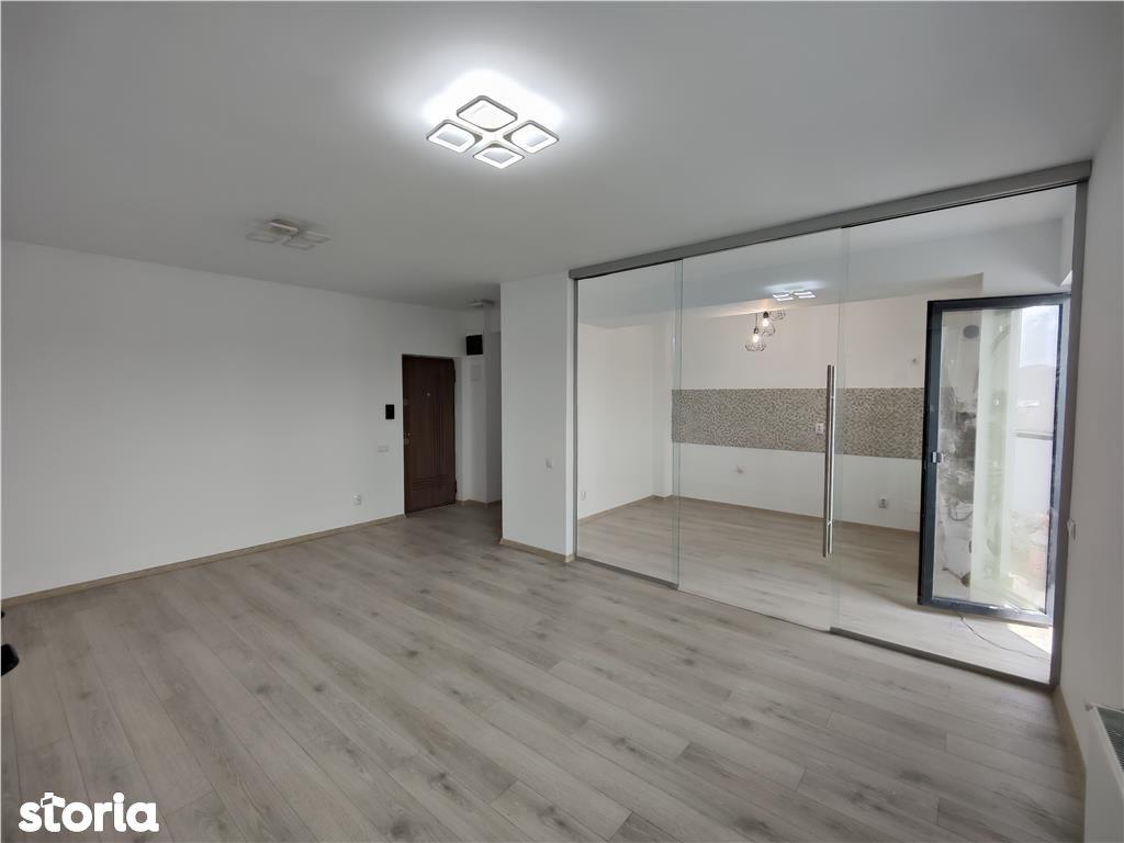 Teilor: apartament 2 camere, garaj, boxa