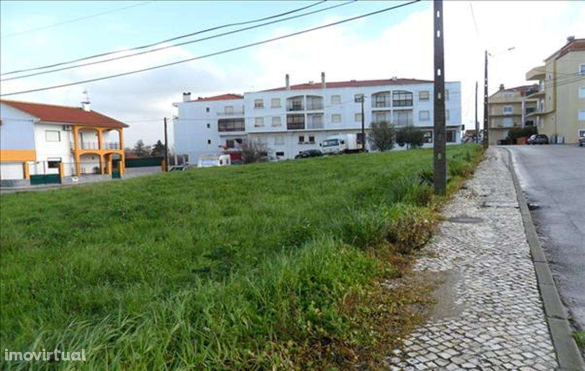 Terreno para comprar, Alenquer (Santo Estêvão e Triana), Lisboa - Foto 2