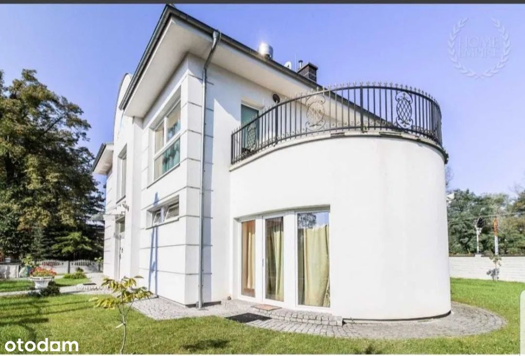 ROOM share in luxury mansion, POZNAN