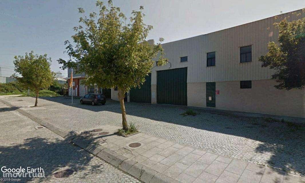 Armazém para arrendar, Espinho, Aveiro - Foto 1