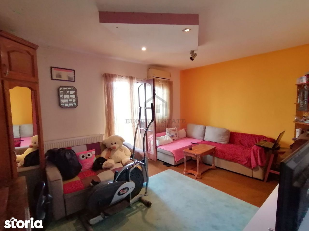 Apartament 3 camere,zona Lipovei