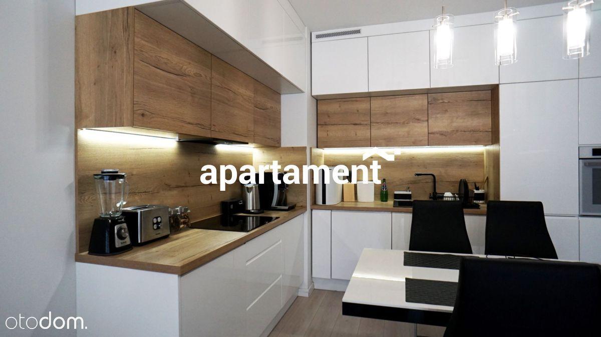 Nowoczesne mieszkanie w Piastowskich Apartamentych