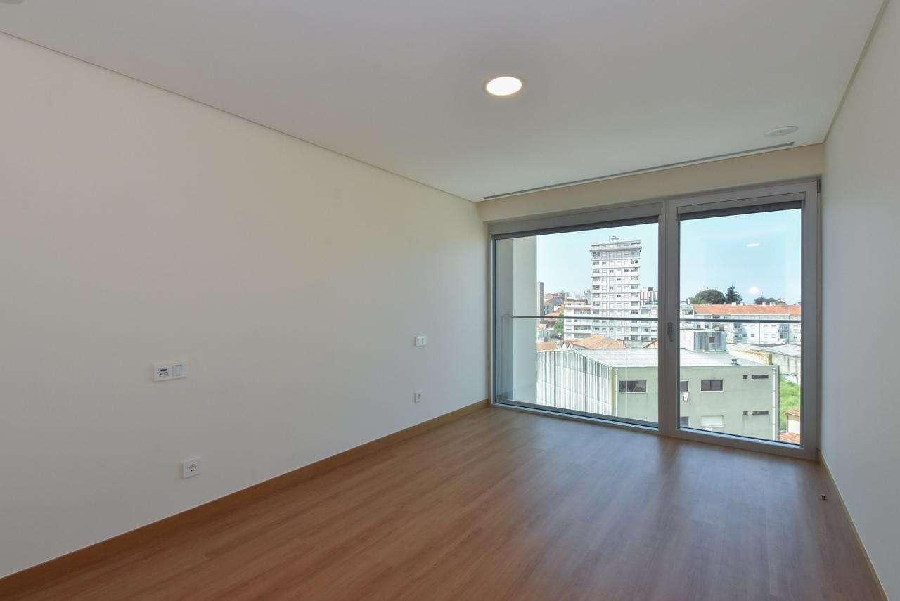 Apartamento para comprar, Mafamude e Vilar do Paraíso, Porto - Foto 47